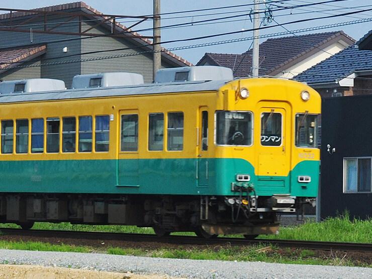 富山地方鉄道 かぼちゃ電車