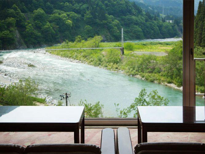 ホテル桃源からの黒部川の眺め