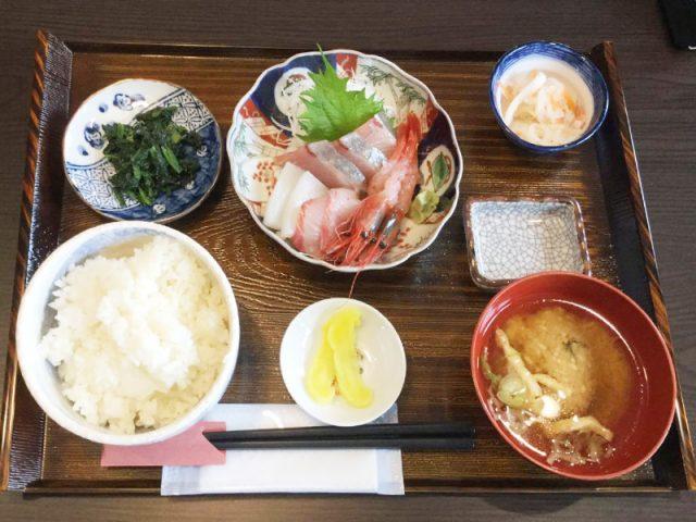 魚津丸食堂